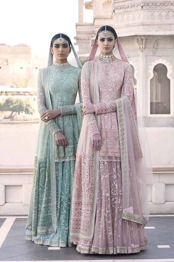 20 Best Indian Ethnic Wear Outfit Ideas For Weddings In