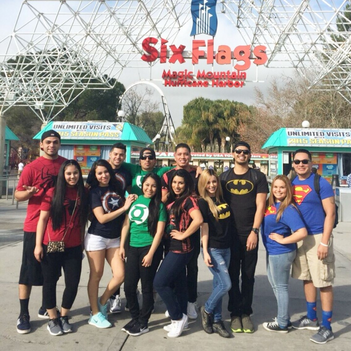 Couples Sixflags Outfits Groups