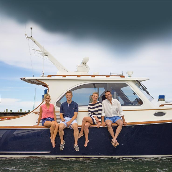 Heres What To Wear On A Yacht Castaway Nantucket Island