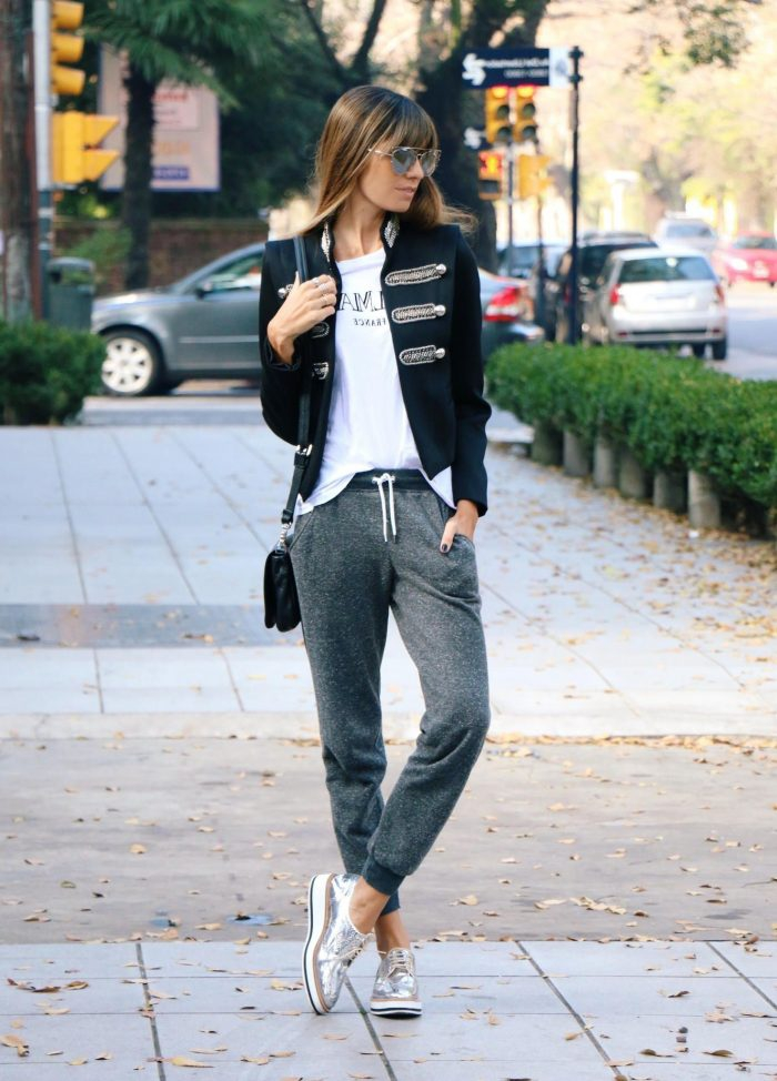 How To Wear Joggers For Women In The Streets