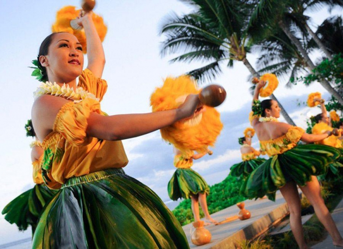 What To Wear To A Luau Styles To Look Like A Local